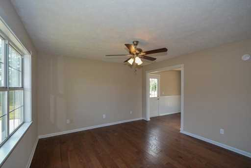 306 Meadow Lane - Photo 5