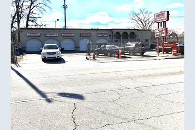 3211 Glenwood Road - Photo 1