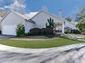 245 Ashleigh Terrace - Photo 1
