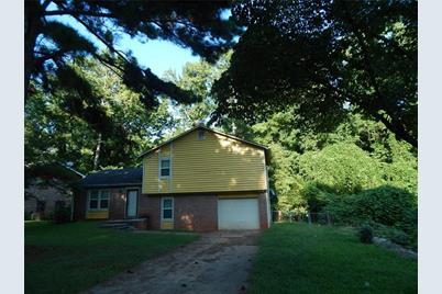815 Pine Roc Drive - Photo 1