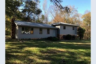 5525 Oak Grove Drive - Photo 1