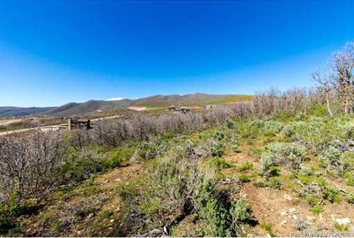 1226 E Lasso Trail - Photo 9