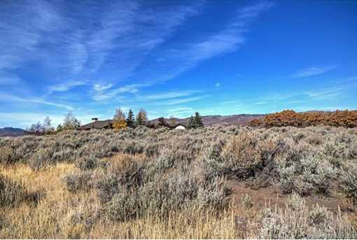 7921 N West Hills Trail - Photo 11