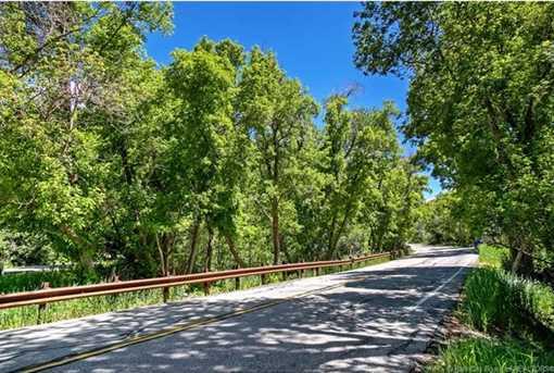 6585 E Quarter Mile Road - Photo 13