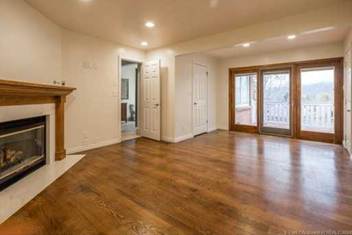 1075 N Valley Drive - Photo 27