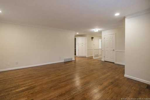 1075 N Valley Dr - Photo 21