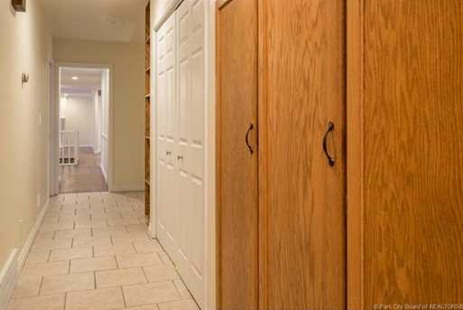 1075 N Valley Drive - Photo 35