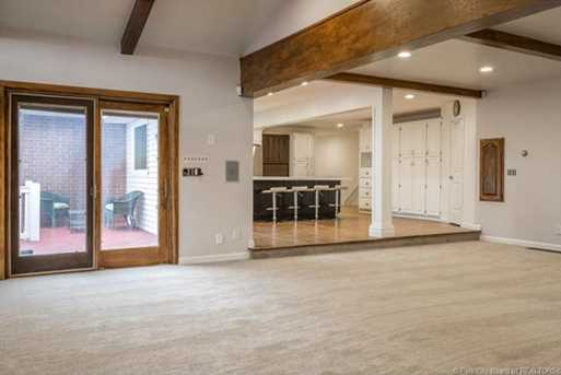 1075 N Valley Dr - Photo 5