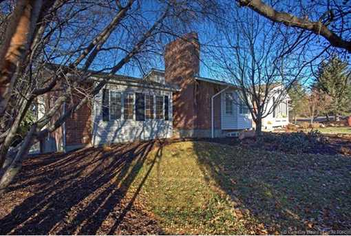 1075 N Valley Dr - Photo 49