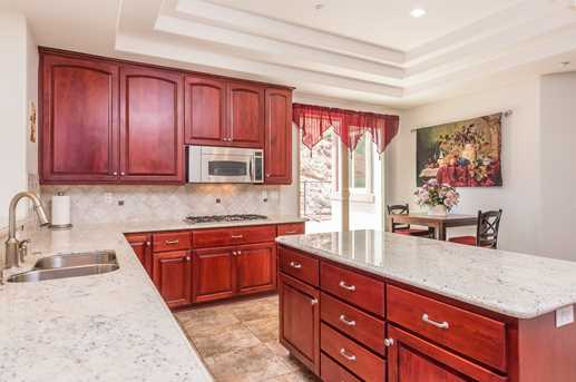23085 Tombill Rd - Photo 5