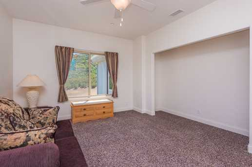 23085 Tombill Rd - Photo 15