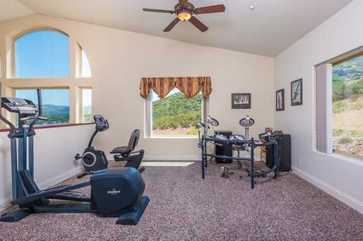 23085 Tombill Rd - Photo 17