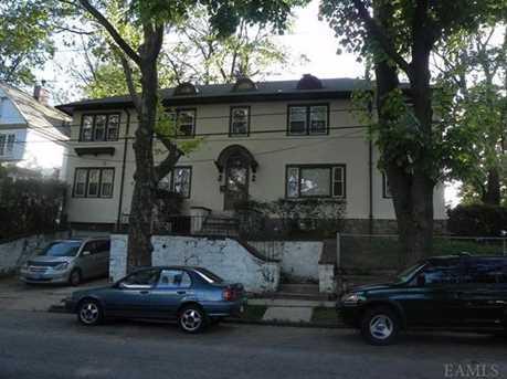 404 Warwick Avenue - Photo 1
