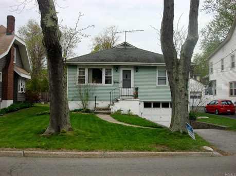 38 Narragansett Avenue - Photo 1
