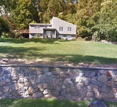 3792 Old Jefferson Valley Rd - Photo 1. ‹ ›