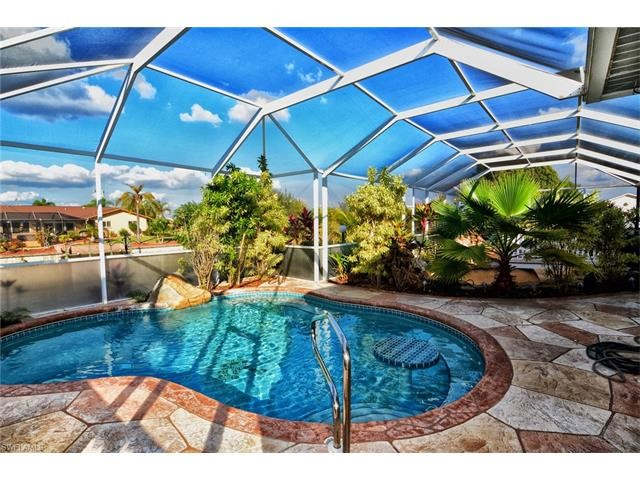 Residential for Sale at 1409 NE 2nd St Cape Coral, Florida 33909 United States