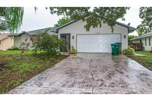 2126 SW 14th Ave - Photo 1