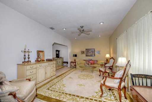 15831  Country Ct - Photo 3