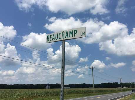 21650 Beauchamp - Photo 1