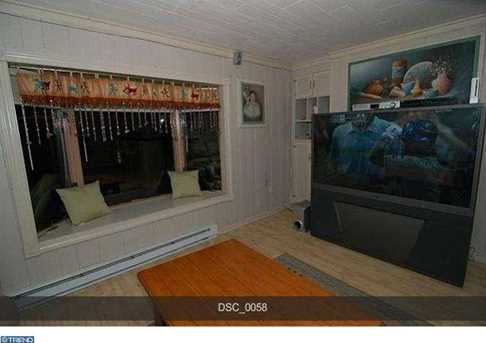 2064 Forest Lake Dr - Photo 11