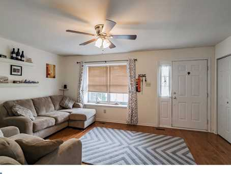 632 Longwood Rd - Photo 3