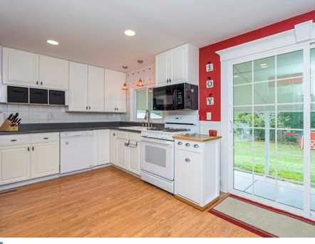 2738 Rossiter Ave - Photo 8