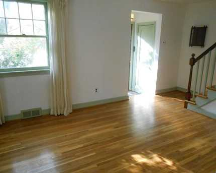 403 Goodley Rd - Photo 3