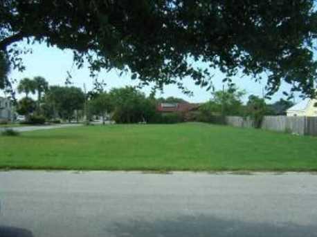Circle Drive - Photo 1