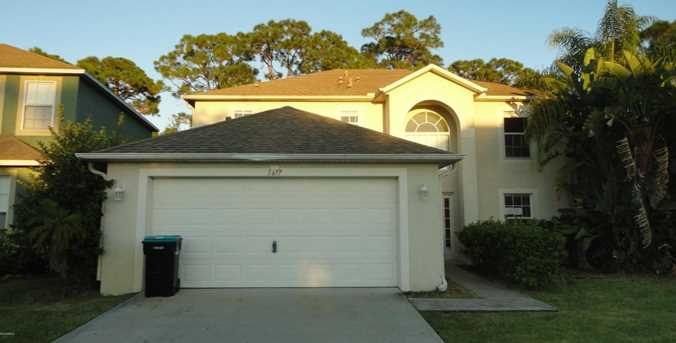 1677 SW Sawgrass Drive - Photo 1