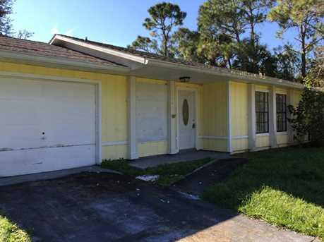842 SW Gelaso Street - Photo 1