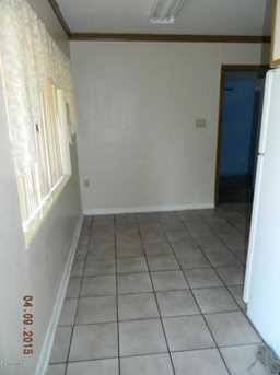 209 N Brown Avenue - Photo 1