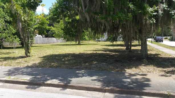 Oak Street - Photo 1