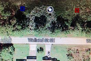 1611 Welland Street - Photo 1