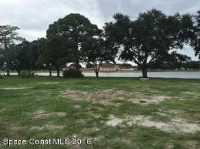 385 Egret Circle - Photo 1