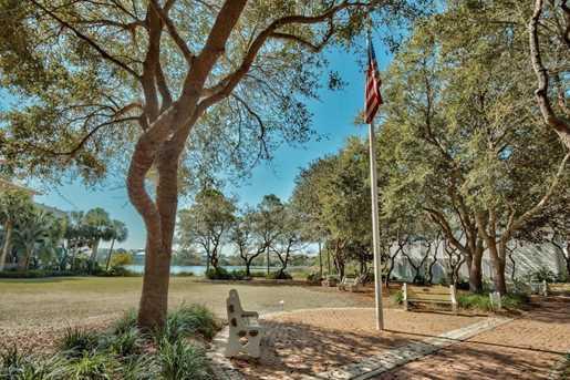 113 Parkshore Drive - Photo 13