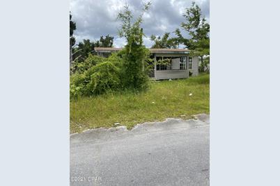 1046 N Center Avenue - Photo 1