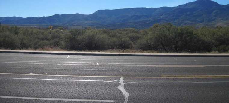555 Highway 89A - Photo 3