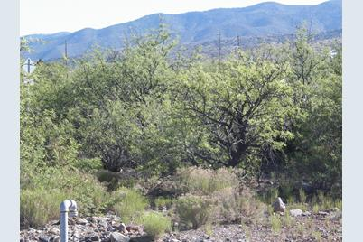1820 Buena Vista - Photo 1