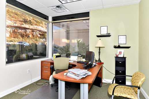 162 N 400 E      Suite 302 - Photo 6