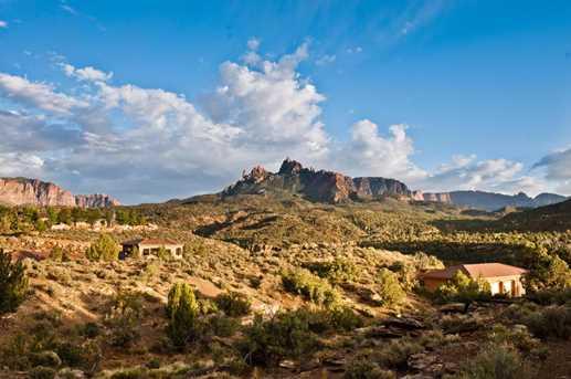 2704 Hopi Cir - Photo 19