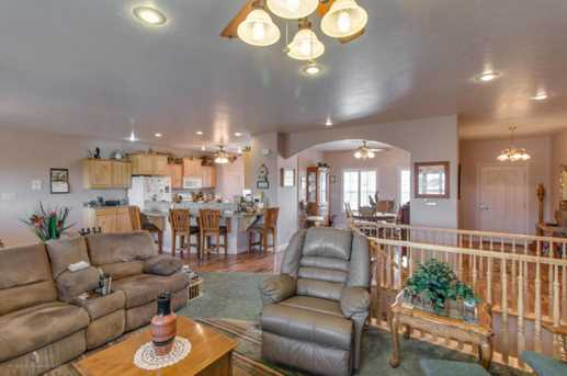 2374 Nature View Dr - Photo 3