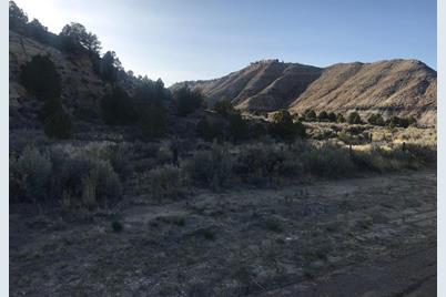 1581 N Utah State Hwy 12 - Photo 1