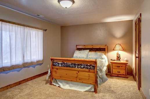 2101 S High Cedar View - Photo 37