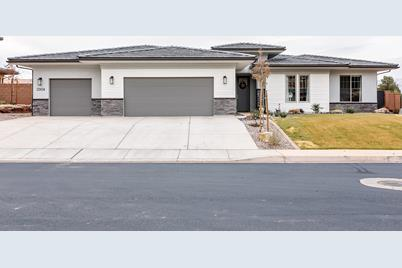 2004 Shellee Dr - Photo 1