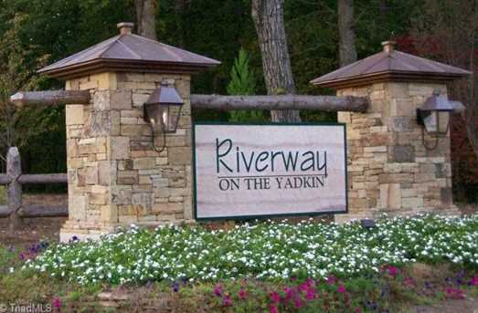 784 River Grove Court - Photo 3