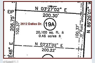 2612 Dallas - Photo 1