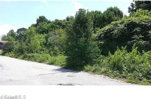 812 Meadow Ridge Court - Photo 1