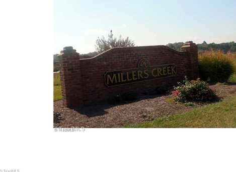 237 Millers Creek Dr - Photo 1