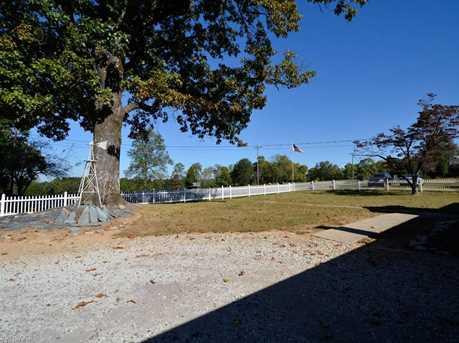 815 Ellisboro Road - Photo 2