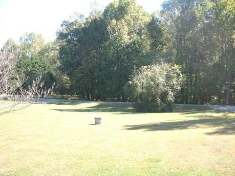 6807 Holly Oaks Court - Photo 13